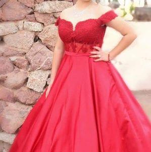 Elegant Young Lady's Dress